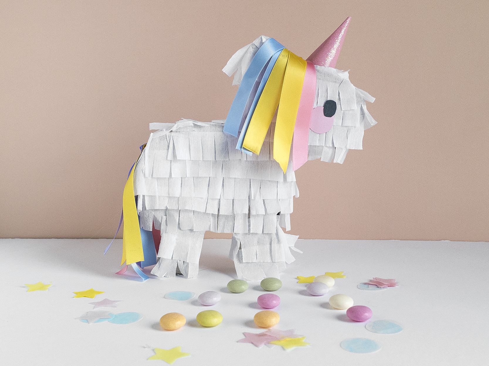 Idee Con Carta Crespa idee e regali per un party unicorno perfetto! | le petit rabbit